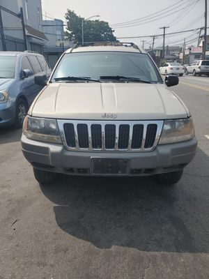 2002 JEEP GRAND CHEROKEE FOR PARTS for Sale in Queens, NY