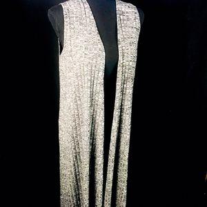 🛍 LuLaRoe Sleeveless Long Black Grey Sweater Vest Duster Cardigan Full Length Size Small for Sale in Big Bear, CA