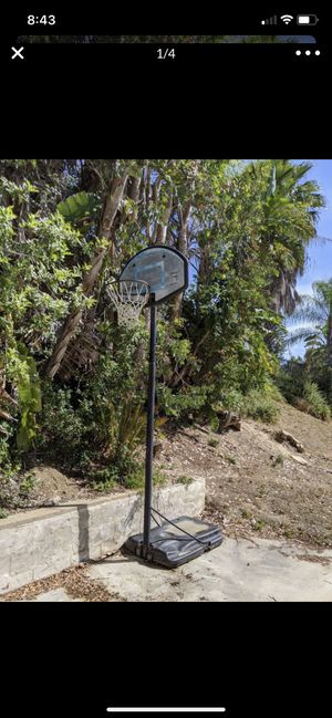 Basketball hoop for Sale in Irvine, CA