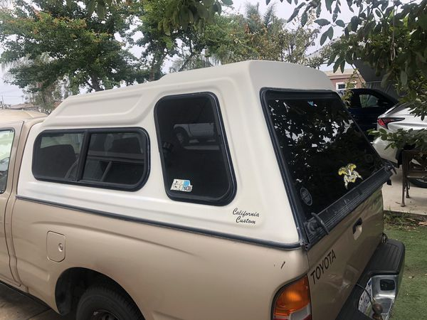 2004 Toyota Tacoma Camper shell
