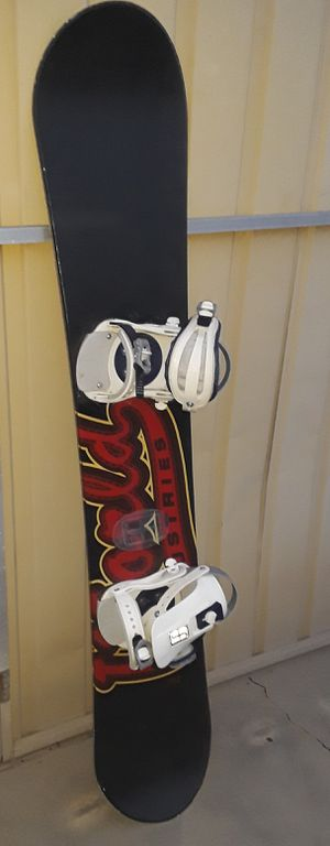 World Industries Snowboard with bag for Sale in Fresno, CA