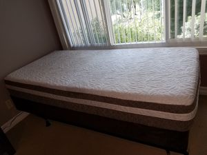 Twin size bed with diamond cool touch gel mattress with box spring base and metal frame for Sale in Rancho Santa Margarita, CA