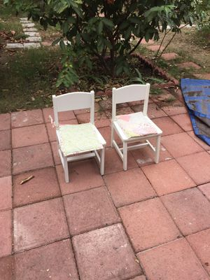 Little chairs for kids for Sale in Los Angeles, CA