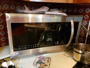 LG microwave, large for Sale in Austin, TX