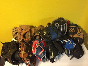 Youth RHT Baseball Gloves $15 Ea. for Sale in Austin, TX