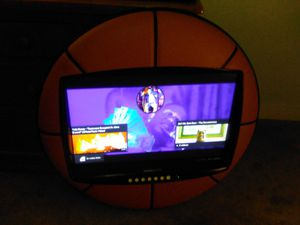 32 inch flat screen tv for Sale in Albuquerque, NM
