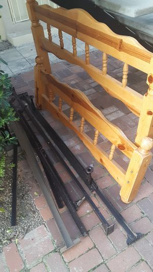 Bed frame for Sale in Tracy, CA