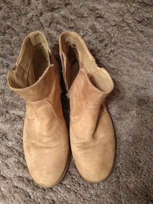 Shoes, light tan booties for Sale in Murrieta, CA