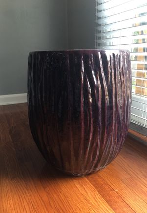 Large purple ceramic flower pot for Sale in Temple Hills, MD
