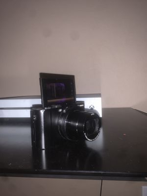Panasonic LUMIX LX10 20.1MP Camera w/ 24-72mm Lens for Sale in Irvine, CA