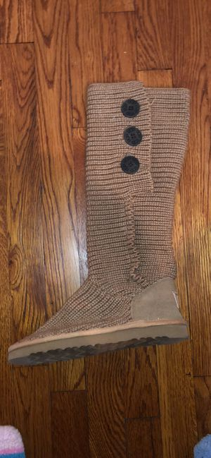 Tan Cardi Button Uggs! Size 7! for Sale in Pittsburgh, PA