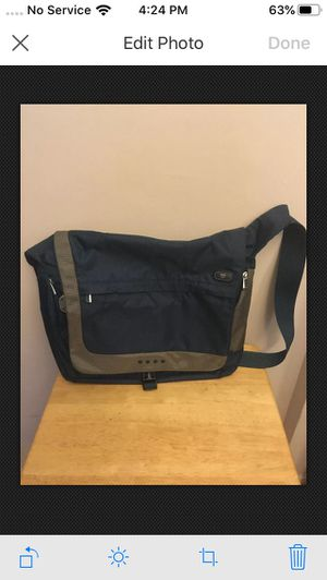 T-Tech by TUMI BLUE Crossbody Messenger Bag for Sale in The Bronx, NY