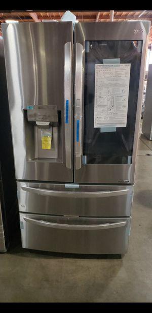 New LG InstaView 4 Door Refrigerator for Sale in Artesia, CA