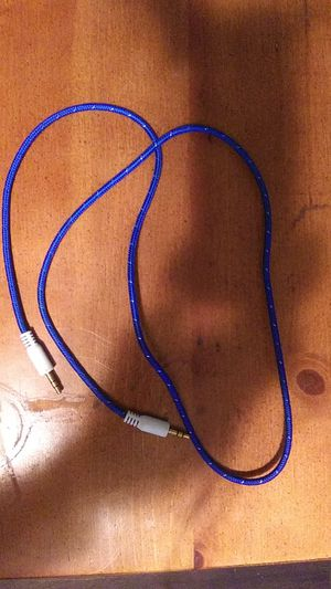 3 ft Aux cord for Sale in Mullens, WV