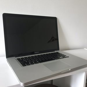 "Apple MacBook Pro 15.4"" for Sale in Wellington, OH"