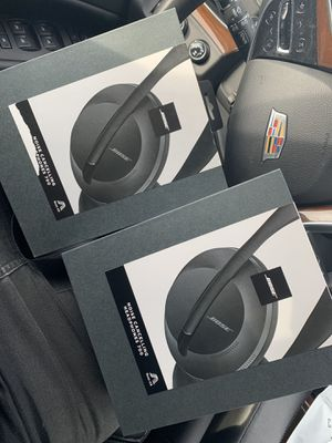 Bose Noise Cancelling Head Phones 700 for Sale in Signal Hill, CA