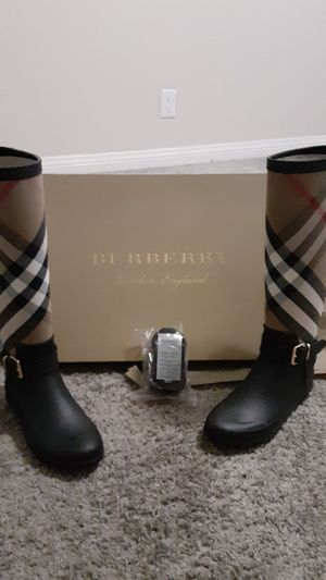 Burberry Rain Boots for Sale in Buena Park, CA
