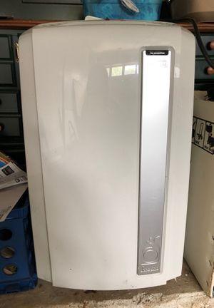 Portable Ac unit with window attachment for Sale in La Porte, TX