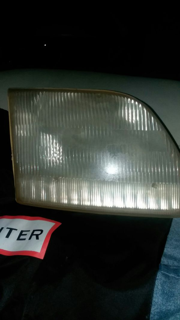 97-2002 FORD EXPEDITION headlight/signal light part
