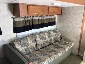 Rv coachmen 2005 camper for Sale in Scranton, PA