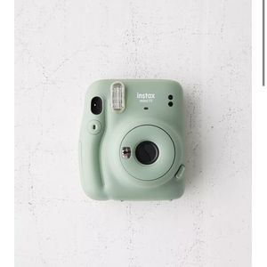 Fujifilm Instax Mini 11 Instant Camera Olive for Sale in Modesto, CA