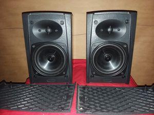 Boston Acoustics CR65 BOOKSHELF SPEAKERS for Sale in Phoenix, AZ