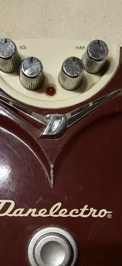 Danelectro Fab Tone Guitar Fuzz Pedal for Sale in Watertown,  MA