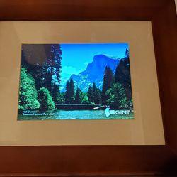 "Digital photo frame - 8"" for Sale in Mill Creek,  WA"