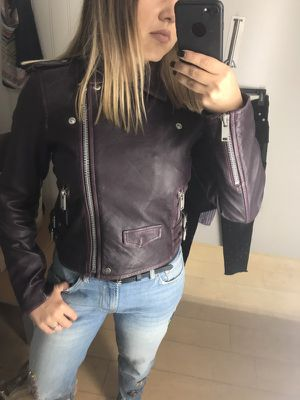 Leather jacket - xs (real leather) for Sale in Chicago, IL