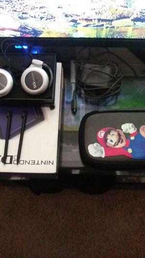 Nintendo DS lite w/Super Mario Case original Headphones and Box 40$ OBO for Sale in Corona, CA