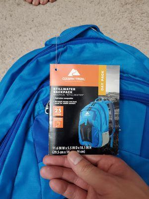 OZARK TRAIL - Stillwater backpack 25L for Sale in Las Vegas, NV
