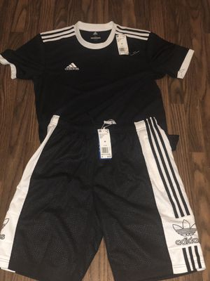 Adidas top and bottom for Sale in South Fulton, GA