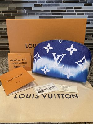 Louis Vuitton Escale Cosmetic Pouch for Sale in Westminster, CO