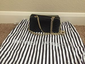 Henri Bendel black bag with gold chain for Sale in Round Rock, TX