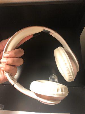Headphones rose gold for Sale in Bakersfield, CA