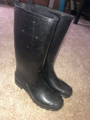 Corelli women's rain boots size 8 for Sale in San Diego, CA