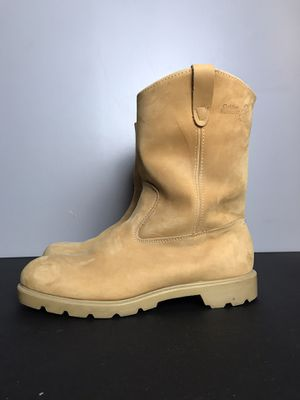 Golden Retriever Tan Work Boots Work boots in gently used condition Definitely has some wear but still sturdy and comfortable Size 13 for Sale in Buckhannon, WV