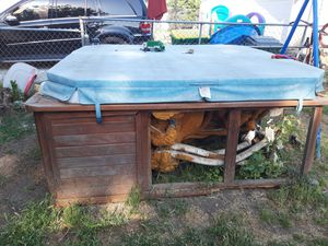 Hot tub free for Sale in Stockton, CA