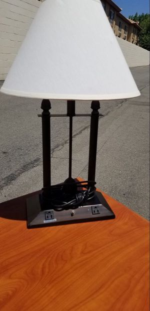 White Desk Lamp for Sale in Fontana, CA