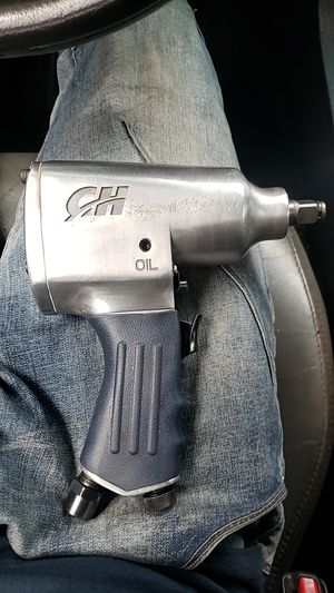 Campbell Hausfeld 1/2 inch impact wrench for Sale in Atlanta, GA