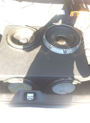 4 12s box an Speakers an 4000 watt amp for Sale in Chattanooga, TN