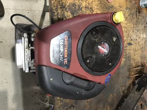 16hp briggs and stratton tractor engine for Sale in Roselle, IL