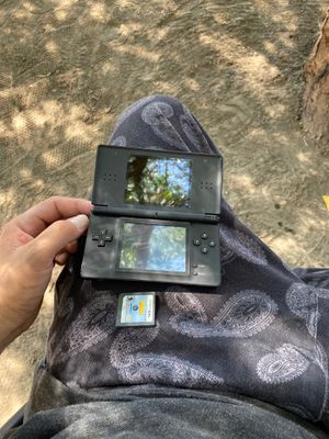 Nintendo DS light for Sale in San Bernardino, CA