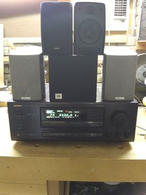 Onkyo receiver w/ Polk and JBL surround sound speakers for Sale in Tempe, AZ