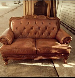 !! Leather 2-Seat Loveseat for Sale in Los Angeles, CA