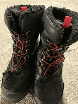 Snow boots for boys for Sale in Brisbane, CA