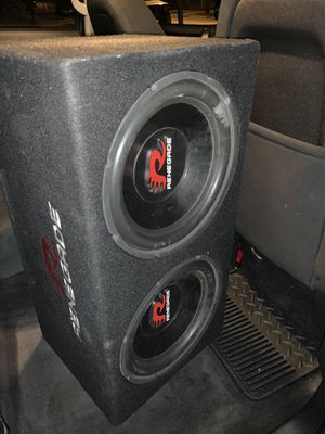 2 12s Renegades with 1250 watt amp for Sale in Cleveland, OH