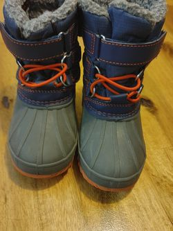 6c Snow boots for Sale in Henderson,  CO