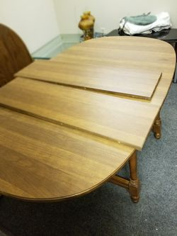 Tell city table for Sale in Leland Grove,  IL