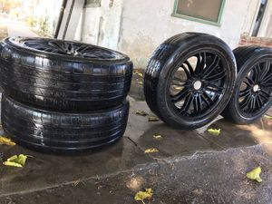 Black rims, 4 lugged (Universal ) for Sale in Laton, CA
